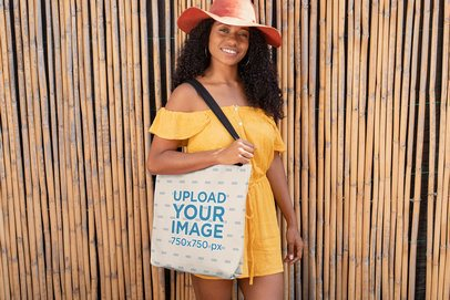 Tote Bag Mockup Featuring a Pretty Woman in Summer 26687
