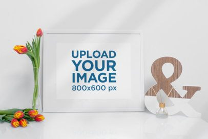 Picture Frame Mockup Featuring Minimal Home Decorations 503-el