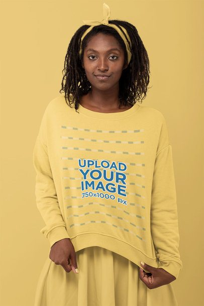 Monochromatic Mockup of a Woman Showcasing Her Sweatshirt 32803