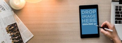 Nexus 7 Black Portrait Top Desktop Shot