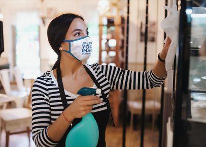 Mockup Featuring a Waitress Wearing a Reusable Face Mask 42469-r-el2