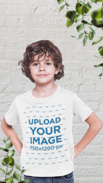 T-Shirt Video Featuring a Happy Boy and a Parallax Effect 2510