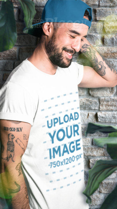 Parallax Video of a Tattooed Man Wearing a T-Shirt 2514