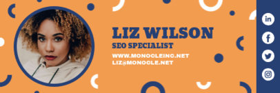 Email Signature Generator for a SEO Specialist 3232l