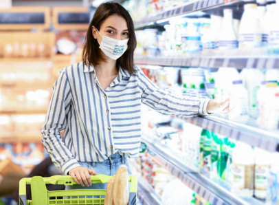 Face Mask Mockup of a Woman in the Supermarket 46030-r-el2