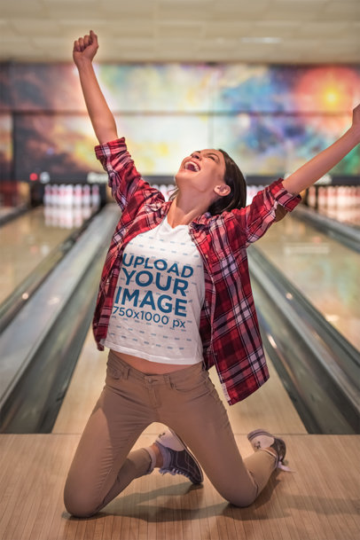 T-Shirt Mockup of a Happy Woman Winning at Bowling 46579-r-el2
