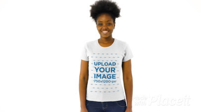 T-Shirt Video of a Smiling Woman Posing in a Studio 44083v