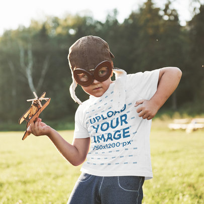 T-Shirt Mockup of a Concentrated Boy With Aviator Goggles 46210-r-el2