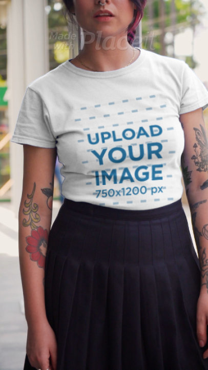 T-Shirt Video Featuring a Tattooed Woman Strolling Around the City 3121v
