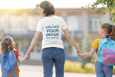 T-Shirt Mockup of a Mom Taking Her Girls to School 44286-r-el2